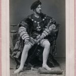 """Franz Hanfstängl, Friedrich August Kaulbach als Karl V. beim Münchner """"Künstler-Costüm-Fest"""", 1876, FotografieMünchner Stadtmuseum © Münchner Stadtmuseum"""